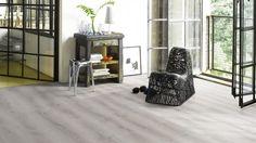 Amenajari Parchet Parador laminat 8mm trafic intens Vinyl Flooring Uk, Laminate Flooring, Sage Green Kitchen, Boho Room, Mudroom, Tile Floor, Tiles, Cool Designs, Satin
