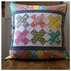 beautiful pillow  == am so going to make pillow and mini quilt as a set