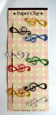 treble clef paper clips... MUST HAVE!