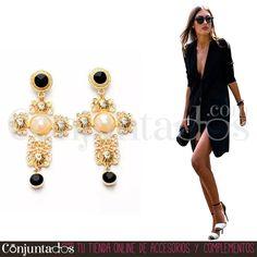 Pendientes Krysse ★ 12'95 € en https://www.conjuntados.com/es/pendientes/pendientes-largos/pendientes-krysse-dorados-con-perla.html ★ #pendientes #earrings #conjuntados #conjuntada #joyitas #lowcost #jewelry #bisutería #bijoux #accesorios #complementos #moda #eventos #bodas #invitadaperfecta #perfectguest #party #fashion #fashionadicct #fashionblogger #blogger #picoftheday #outfit #estilo #style #streetstyle #GustosParaTodas #ParaTodosLosGustos