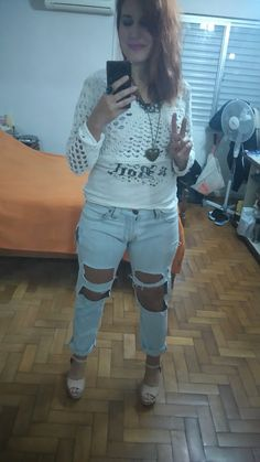 look destroyed jeans, cores claras, off white, as sereias