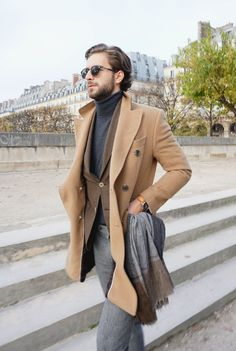 Picture of mens most stylish winter street style looks to inspire 12 Street Style Outfits, Street Style Looks, Mens Style Guide, Men Style Tips, Sharp Dressed Man, Well Dressed Men, Fashion Weeks, Cold Day Outfits, Athleisure
