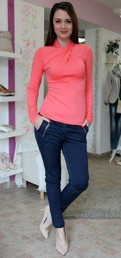 Darkblue linen trousers Linen Trousers, Trouser Jeans, Dark Blue, Capri Pants, Outfits, Beauty, Fashion, Bebe, Linen Pants
