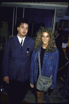 The time she kept her look simple and understated by just wearing that '80s essential, a washed denim jacket. | 17 Times Sarah Jessica Parker Wore Some Truly Epic '80s Fashion