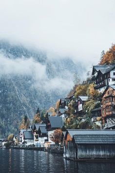 Moody Nature — alecsgrg: Hallstatt, Austria | ( by Hannes Becker...