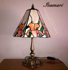 My Glass, Glass Art, Stained Glass Lamps, Tiffany Lamps, Lamp Shades, Glass Design, Lighting Ideas, Night Light, Diy And Crafts