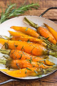 Fancy up those carrots with this roasted carrot recipe. Seasonings of rosemary and a drizzling of honey make this a sweet but herbal, healthy treat that you're guaranteed to enjoy as a side dish to any meal! Get the recipe here: https://foodal.com/recipes/veggies/roasted-rosemary-carrots/