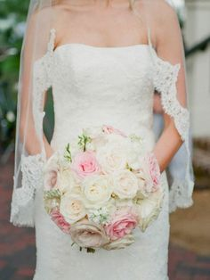 Pink and White Rose Bouquet | photography by http://www.ashleyseawellphotography.com/