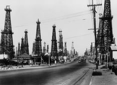 White sand, black gold: When oil derricks loomed over California beaches