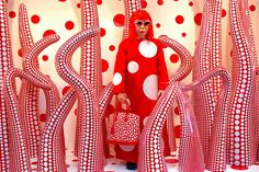 coolthingoftheday:   Artist Yayoi Kusama creates... | A Utopian Encyclopedia