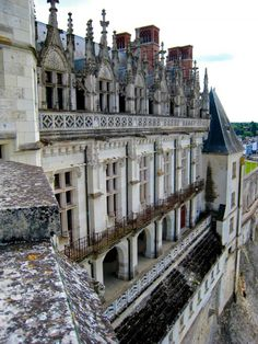 Amboise Chateau - the castle which is closely connected with The Valois Family, from Francis I, Henry II, to Francis II. There is a grave of Leonardo da Vinchi who finished his Gioconda in Amboise.