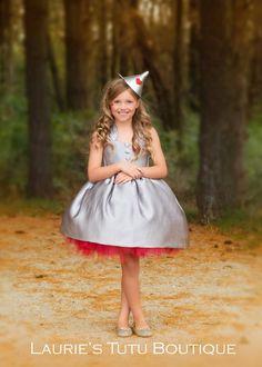 Wizard of Oz Tin Man Dress image 0 Tin Man Costumes, Diy Costumes, Halloween Costumes, Costume Ideas, Halloween Bags, Group Costumes, Halloween 2019, Halloween Ideas, Sofia Costume