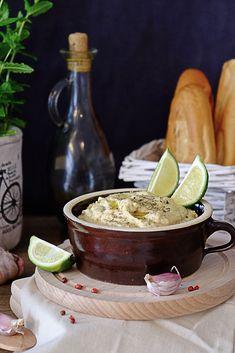 Hummus Chocolate Fondue, Hummus, Food And Drink, Ethnic Recipes, Desserts, Spreads, Rezepte, Tailgate Desserts, Deserts