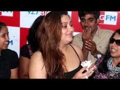 Hot actress Namitha 32nd Birthday celebration http://edlabandi.com/55194-hot-actress-namitha-32nd-birth.html