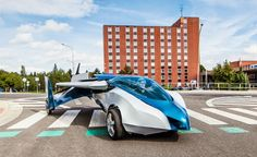 Collapsible Aeromobil 2.5 Flying Car in Action