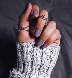 39 Trendy Fall Nails Art Designs Ideas To Look Autumnal and Charming - autumn nail art ideas fall nail art short nail art designs autumn nail colors dark nail designs coffin nails Dark Nail Designs, Fall Nail Art Designs, Autumn Nails, Spring Nails, Hair And Nails, My Nails, Prom Nails, Manicure, Nagellack Trends