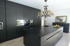 black kitchen, Designer kitchen, Manuela Bross, Innenarchitekt   woont - love your home