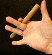 Деревянная палочка для упражнений. Как простейшее и эффективное оружие для самообороны называется явара.