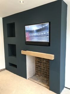Best Images Fireplace Hearth with tv Ideas Wonderful Absolutely Free Fireplace Hearth with tv Thoughts Tabla roca Fireplace Hearth, Home Fireplace, Living Room With Fireplace, Fireplace Design, Fireplaces, Navy Living Rooms, Small Living Rooms, Home Living Room, Living Room Decor