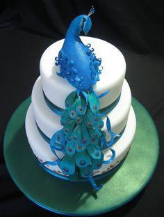 Simple and elegant peacock cake
