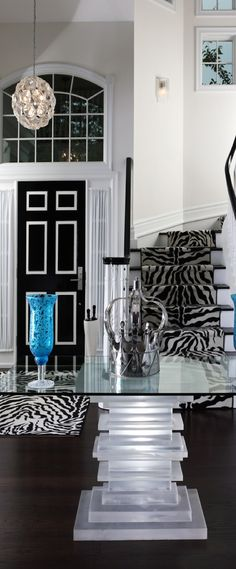 Luxurious Home ( Entrance Way )