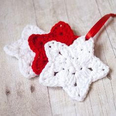 Use this pattern to make ornaments or garlands for the holidays!