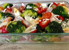 Sałatka brokułowa - Blog z apetytem Broccoli, Tea Party, Sushi, Food And Drink, Lunch, Chicken, Vegetables, Ethnic Recipes, Blog