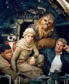 "Star Wars: The Force Awakens has new photos from Annie Leibovitz for Vanity Fair with the strapline: ""Chewie, they're home! Rey Star Wars, Star Wars Cast, Star Trek, Annie Leibovitz, Images Star Wars, Star Wars Pictures, Harrison Ford, Vanity Fair, James Bond"