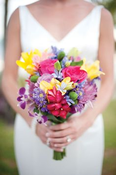 Simple Spring Wedding Flowers Bouquet | Flower Meanings, Pictures ...