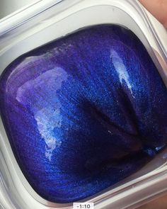 Color shifting slime, blue to purple.