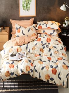 Shop Peach Print Bedding Set at ROMWE, discover more fashion styles online. Peach Bedroom, Peach Bedding, Dream Bedroom, Home Bedroom, Bedroom Decor, Peach Rooms, Bedrooms, Funky Bedroom, Home Decor Accessories