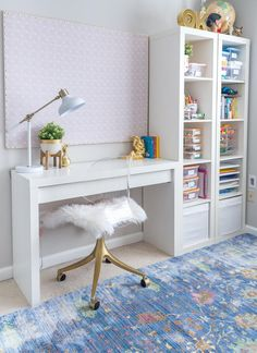 DIY Large Bulletin Board That's cheap and super easy to make! Plus the foam board insulation used is incredibly lightweight! - Home Office Organization Ideas, Decor and Design Study Room Decor, Teen Room Decor, Living Room Decor, Teen Room Furniture, Cute Bedroom Decor, Study Room Design, Desk In Living Room, Pipe Furniture, Wooden Furniture