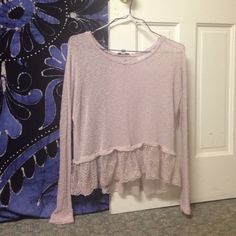 American Eagle Outfitters Tops - American Eagle sweater with Lacey bottom