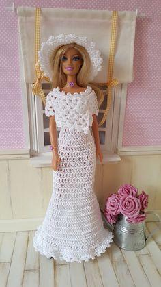 Barbie vous présente aujourd'hui une robe de mariée                                               La fiche contenant les explications de la...