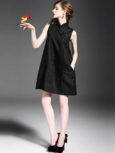 Sleeveless Mandarin Neck Qipao / Cheongsam Dress with Pocket