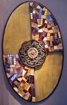 """Ubangi, You betcha"" Upcycled mosaic wall piece.  ©2011  Moes Ache.com"