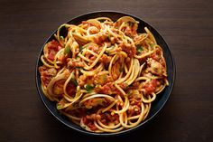 """Learn how to prepare Spicy Clam Chorizo Pasta from """"Pati's Mexican Table. Pasta Recipes, New Recipes, Cooking Recipes, Delicious Recipes, Clam Recipes, Quick Recipes, Fish Recipes, Seafood Recipes, Recipies"""