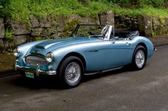 Austin Healey 3000 gained popularity thanks to the James Bond movies.