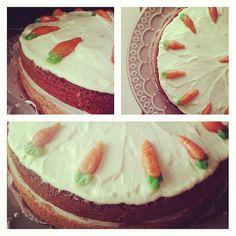 carrot cake homemade *  gâteau à la carotte fait maison *  un régal