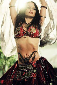 Sabrina Fox, bellydancer     https://www.facebook.com/pages/Sabrina-Fox-Tribal-belly-dancer/246958052005773?fref=ts