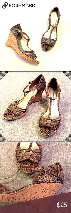 "Chinese Laundry snakeskin wedges sandals Stunning! Size 9M, true to size. ""Siesta"" style. Goldtone hardware. Approx 3.5"" lightweight cork wedge. Barely worn once & flawless! 🔴Bundle to save! 🔴NO TRADES, no modeling. 🔴REASONABLE offers welcome via offer button. Chinese Laundry Shoes Wedges"