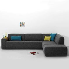 hoekbank Mammouth Grijs Sectional Sofa, Couch, Furniture Design, Furniture Ideas, Sweet Home, New Homes, Indoor, House Design, Living Room