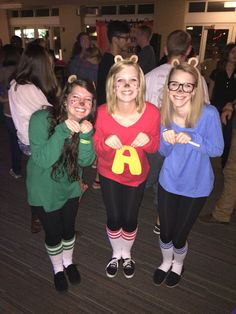 DIY Alvin and the Chipmunks group costume!