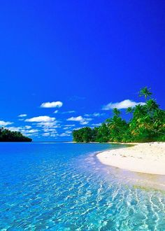 Tropical Paradise Beach Romantic Getaways: Consider a Tropical Paradise Tropical Paradise Beach. If your idea of a romantic getaway is a tropical paradise, then there are many places that you can g… Dream Vacation Spots, Dream Vacations, Beautiful Nature Wallpaper, Beautiful Landscapes, Beach Pictures, Nature Pictures, Landscape Pictures, Beach Wallpaper, Beach Landscape