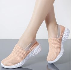Pretty Shoes, Cute Shoes, Sketchers Shoes Women, Sneakers Fashion, Fashion Shoes, Shoes With Jeans, Loafers For Women, Shoes For Women, Girls Shoes