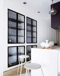 Open shelving I like you!  Also when you are built in with a steel frame  Picture via Planete-deco