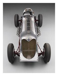Visit The MACHINE Shop Café... ❤ Best of Bentley @ MACHINE ❤ (1930 Bentley with…