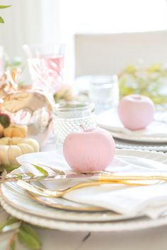 Photo of This Magical Wedding Shoot Is Like a Sparkly Unicorn in a Field of Horses Place Settings, Table Settings, Fashionable Hostess, Spring Wedding Inspiration, Wedding Ideas, Wedding Shoot, Wedding Reception, Brunch Wedding, Table Wedding