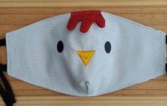 Máscara de tecido de Bichinhos - Galo no Baby Boy Knitting Patterns, Sewing Patterns, Diy Mask, Diy Face Mask, Small Sewing Projects, Sewing Crafts, Birthday Greetings For Boyfriend, Pattern Cutting, Fashion Face Mask