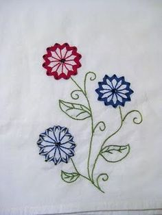 Another little old-fashioned embroidery with ric rac.